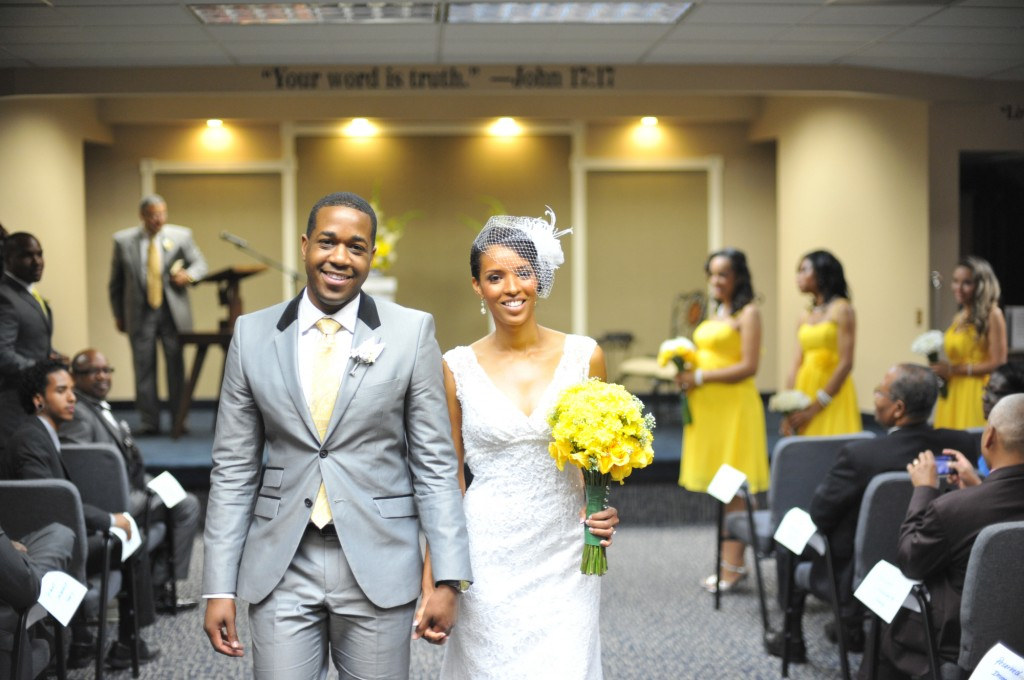 gray-yellow-california-wedding-marlontaylorphotos-10