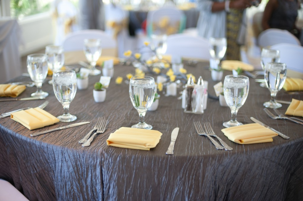gray-yellow-california-wedding-marlontaylorphotos-12