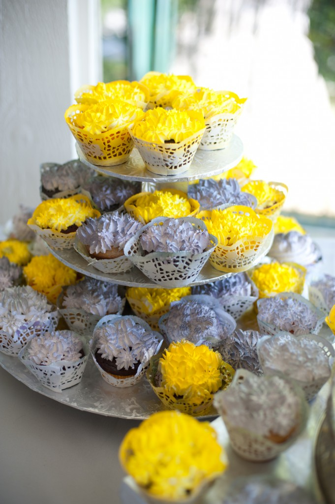 gray-yellow-california-wedding-marlontaylorphotos-15