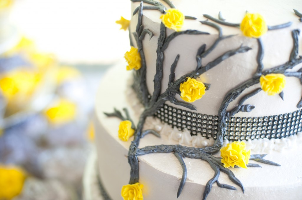 gray-yellow-california-wedding-marlontaylorphotos-16