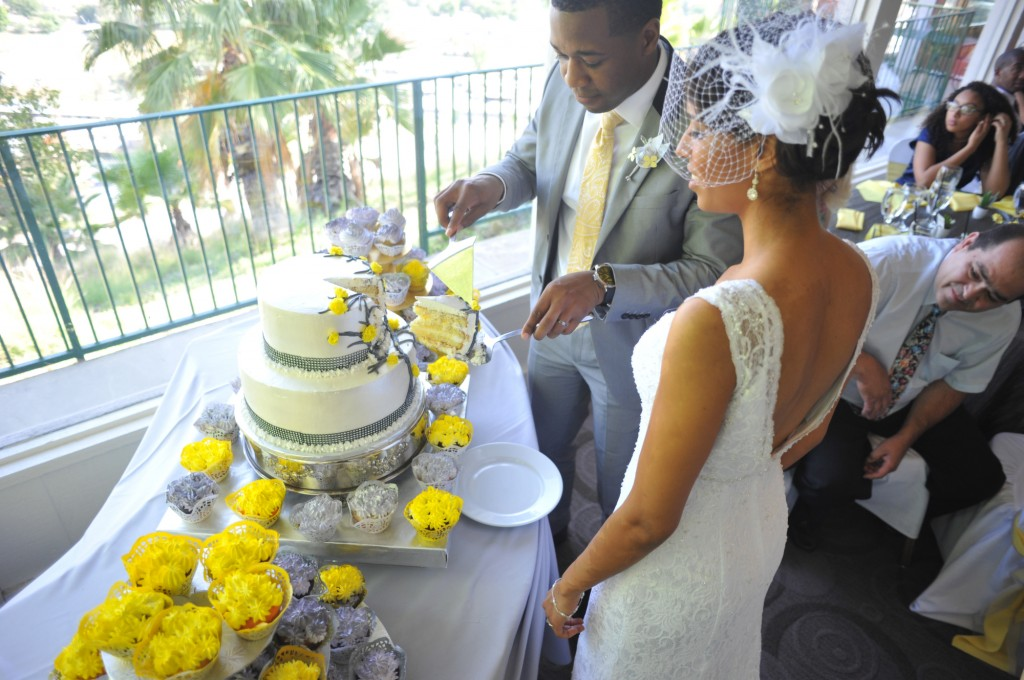 gray-yellow-california-wedding-marlontaylorphotos-18