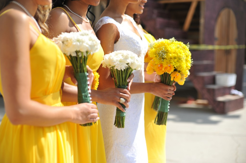 gray-yellow-california-wedding-marlontaylorphotos-3