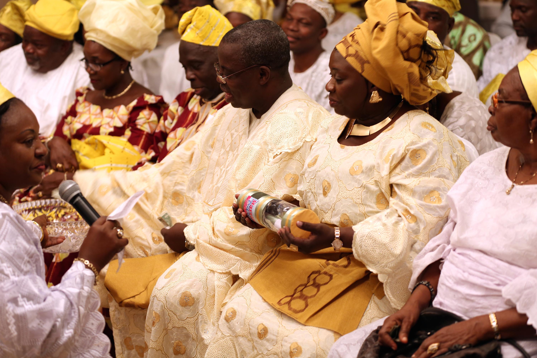 Dance Filled Yoruba Wedding Ceremony {New Jersey} | The Big Fat ...: thebigfatafricanwedding.com/dance-filled-yoruba-wedding-ceremony...