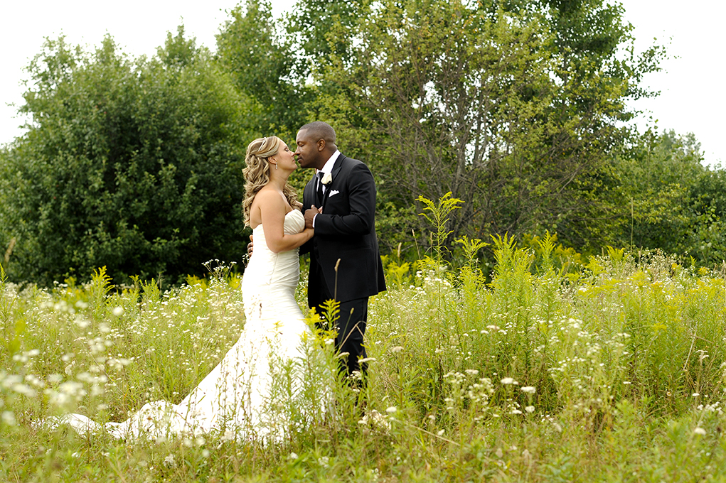 Ontario Black and White Style Intimate Wedding | Benoit Photography 01